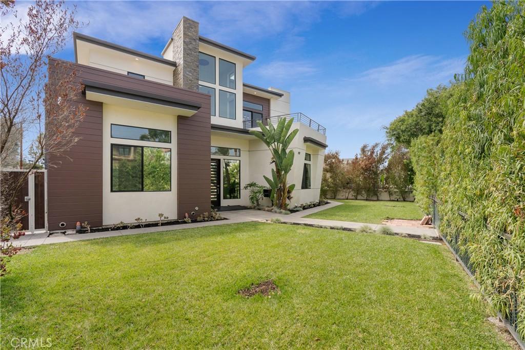 Photo of 419 S Lucia Avenue, Redondo Beach, CA 90277