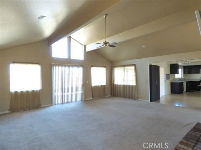10974 Adobe Rd, Oak Hills, CA 92344 Photo 13
