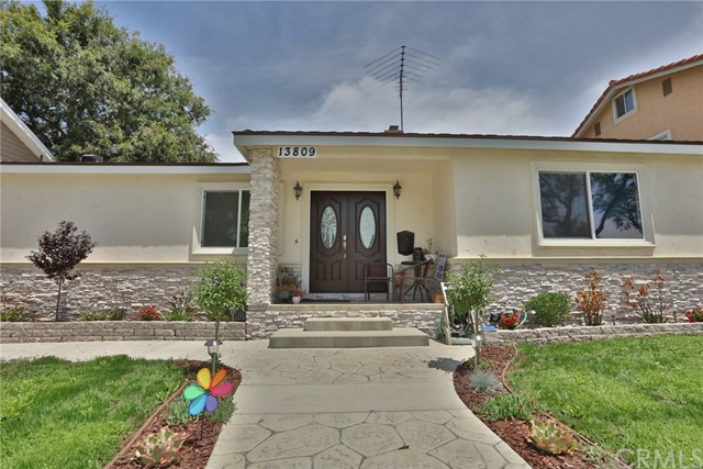 13809 Sunset Drive, Whittier, CA 90602