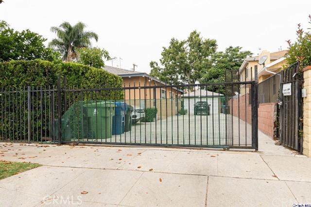 6635 Irvine Avenue 3, North Hollywood, CA 91606