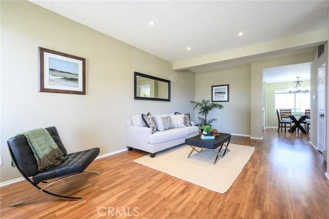 2621 Plaza Del Amo, Torrance, California 90503, 2 Bedrooms Bedrooms, ,2 BathroomsBathrooms,Townhouse,For Sale,Plaza Del Amo,PV19146871