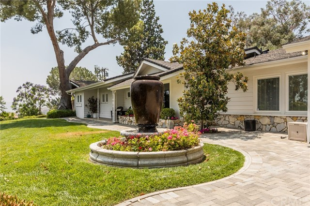 31102 Danelaw Avenue, Redlands, CA 92373