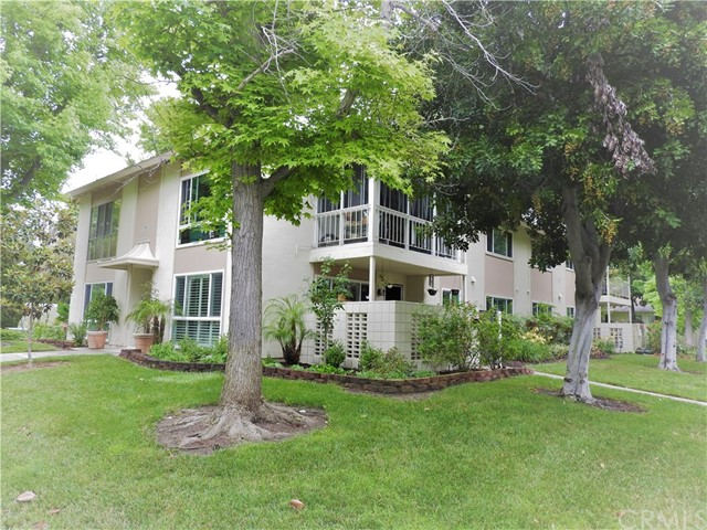 77  Calle Aragon, Laguna Woods in Orange County, CA 92637 Home for Sale