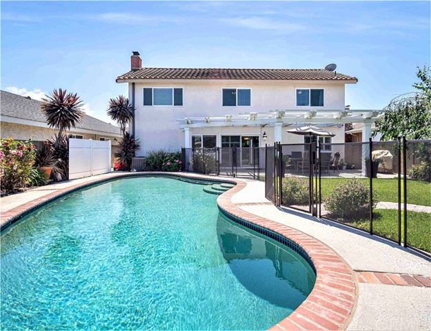 13401 Lowell Circle, Westminster, CA 92683