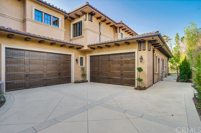 355 W Lemon Avenue Arcadia, CA 91007