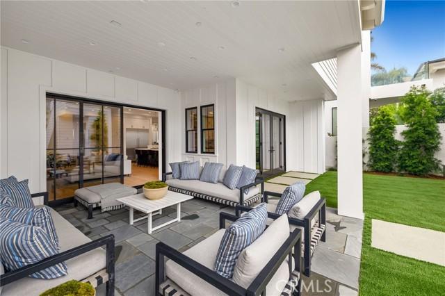704 36th Street, Manhattan Beach, California 90266, 5 Bedrooms Bedrooms, ,5 BathroomsBathrooms,For Sale,36th,SB21025118