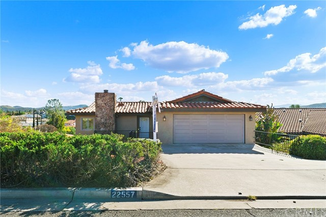 22557 Canyon Club Drive, Canyon Lake, CA 92587