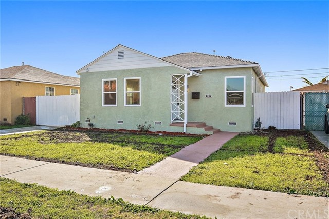 4844 120th Street, Hawthorne, California 90250, 3 Bedrooms Bedrooms, ,2 BathroomsBathrooms,Single family residence,For Sale,120th,SB20038522