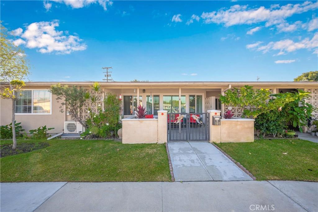 13541     Wentworth Avenue   108K, Seal Beach CA 90740