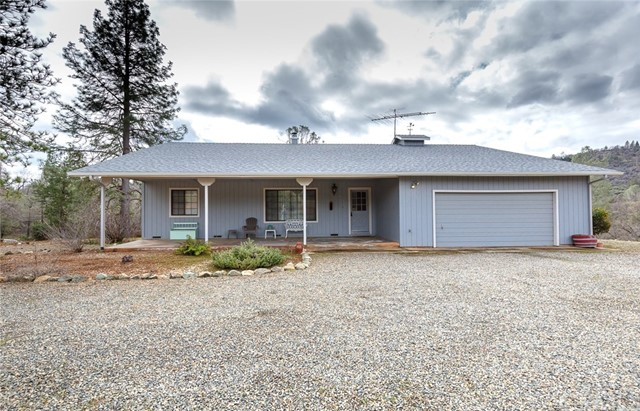 5636 E Whitlock Road, Mariposa, CA 95338