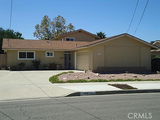 121 Flamingo Drive, Oceanside, CA 92054