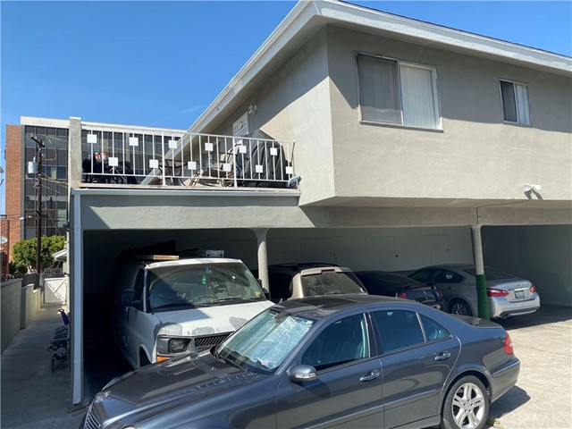 4450 117th, Hawthorne, California 90250, ,Residential Income,For Sale,117th,SB21071961