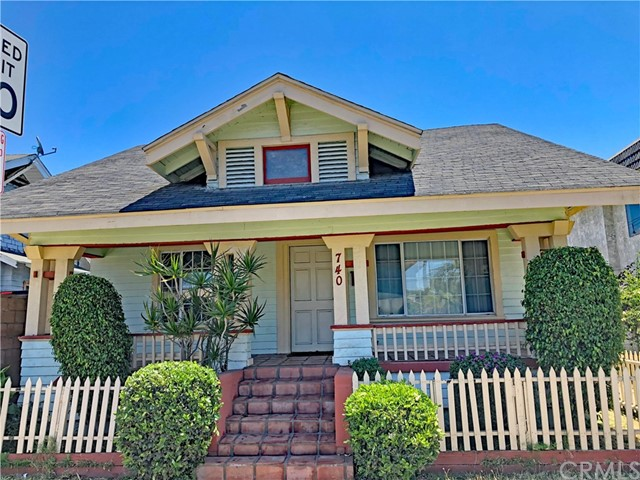 740 Magnolia Avenue, Long Beach, CA 90813