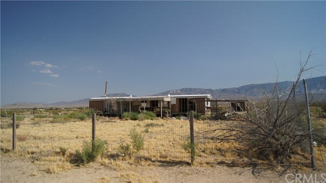 37023 Rabbit Springs Rd, Lucerne Valley, CA 92356 Photo 5