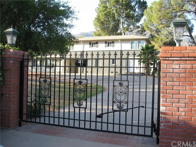 91 E Orange Grove Avenue, Sierra Madre, CA 91024