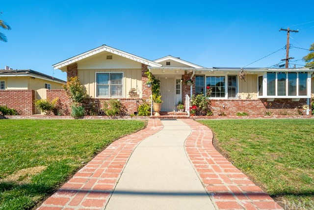 9129 Stoakes Avenue, Downey, CA 90240