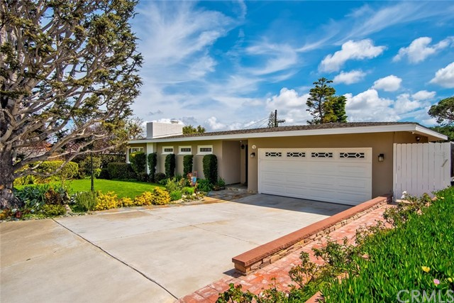 162 Paseo De Las Delicias, Redondo Beach, California 90277, 2 Bedrooms Bedrooms, ,2 BathroomsBathrooms,Single family residence,For Sale,Paseo De Las Delicias,PW19066993