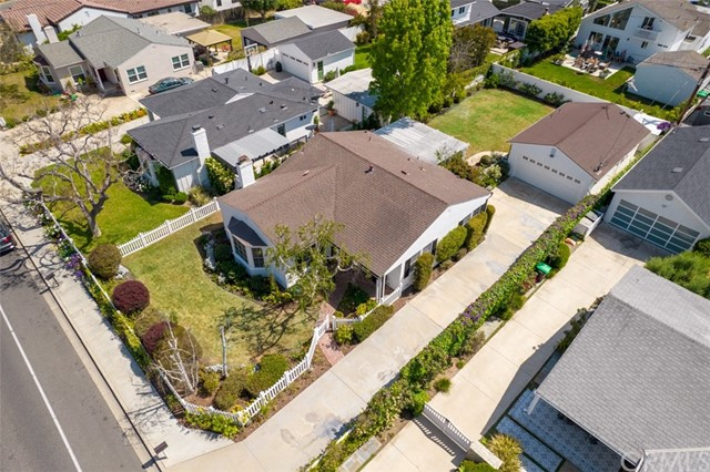 Image 25 of 385 E 19th St, Costa Mesa, CA 92627