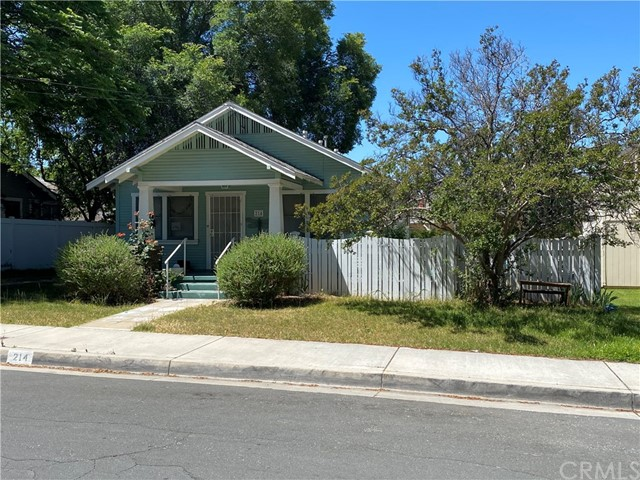 214 Myrtle Street, Redlands, CA 92373