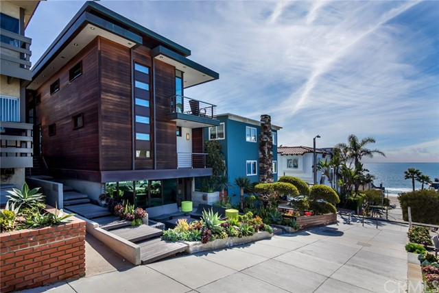220 35th Street, Manhattan Beach, California 90266, 5 Bedrooms Bedrooms, ,3 BathroomsBathrooms,For Rent,35th,SB19246228