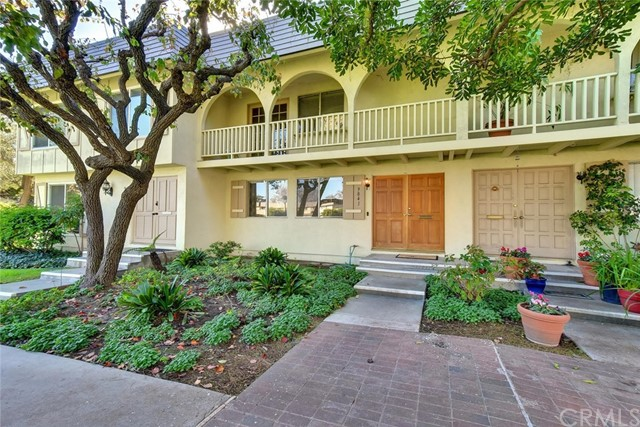 9841 Via Sonoma, Cypress, CA 90630