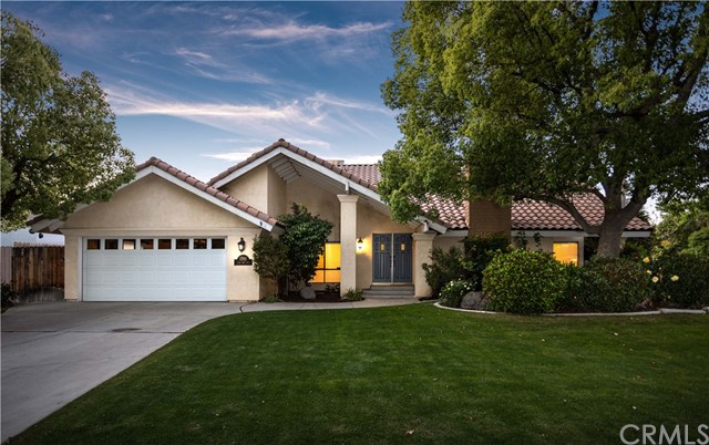 1701 Club View Dr, Bakersfield, CA 93309 Photo
