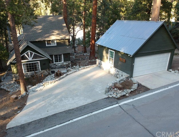 40934 Valley Of The Falls Drive, Forest Falls, CA 92339