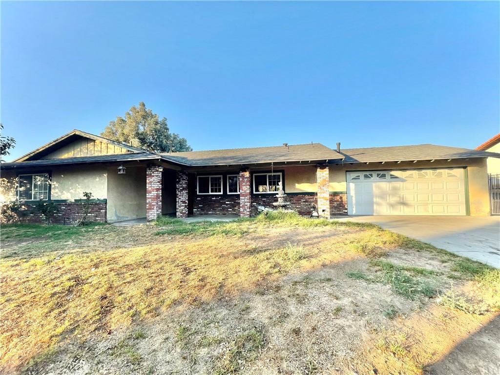 2249     Mountain View Drive, Corona CA 92882