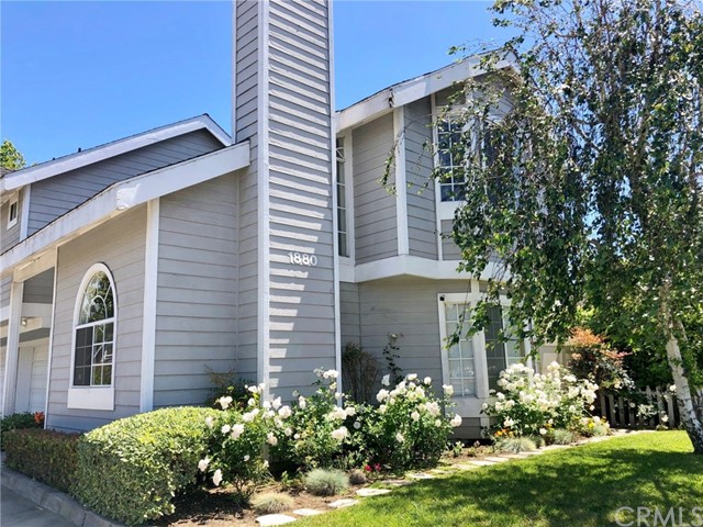 1880 Fullerton Avenue, Costa Mesa, CA 92627
