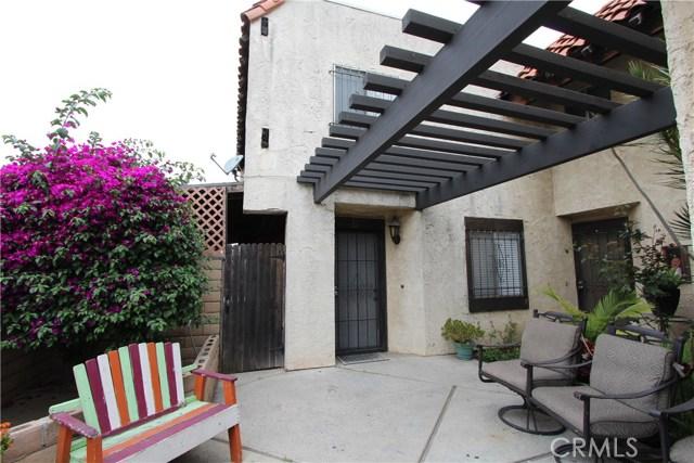 5951 Corona Avenue E, Huntington Park, CA 90255
