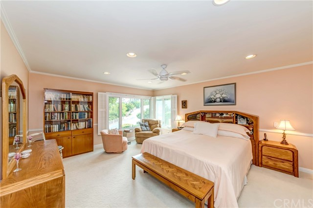 Master bedroom, recessed lights and ceiling fan