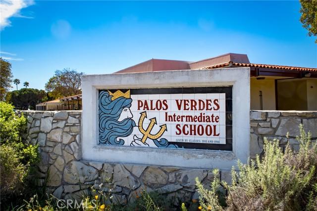 26. 1921 Via Estudillo Palos Verdes Estates, CA 90274