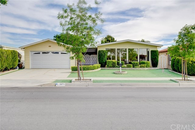 Photo of 2873 Silver Oak Way, Hemet, CA 92545