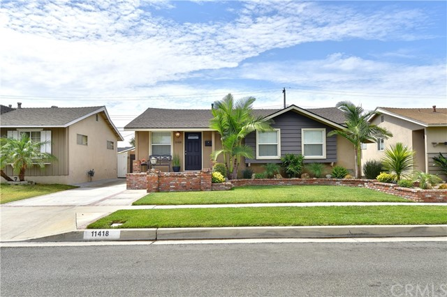 11418 213th, Lakewood, CA 90715