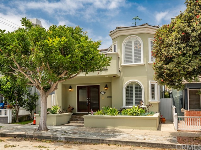 321 3rd Street, Manhattan Beach, CA 90266