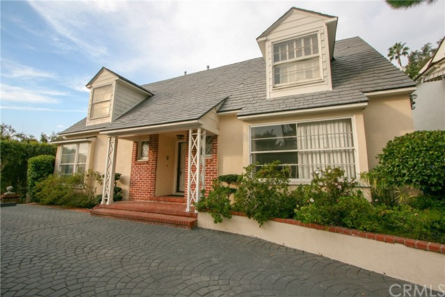 1335 Londonderry Place, Los Angeles, CA 90069