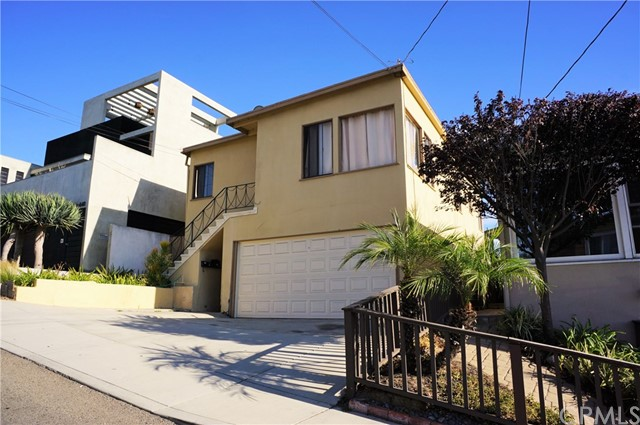 640 8th Street, Hermosa Beach, California 90254, ,For Sale,8th,SB17226815