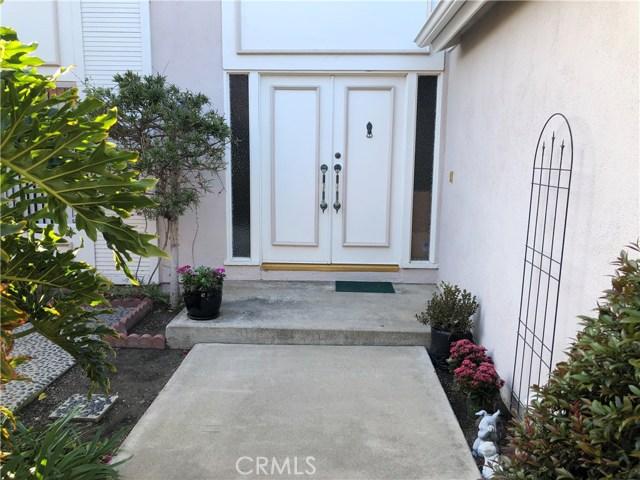 21941 Seaside Lane, Huntington Beach, CA 92646