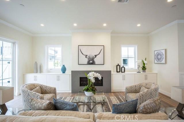 2309 Voorhees Avenue, Redondo Beach, California 90278, 4 Bedrooms Bedrooms, ,3 BathroomsBathrooms,Townhouse,For Sale,Voorhees,SB19081804