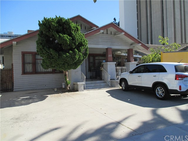 1102 Linden Avenue, Long Beach, CA 90813