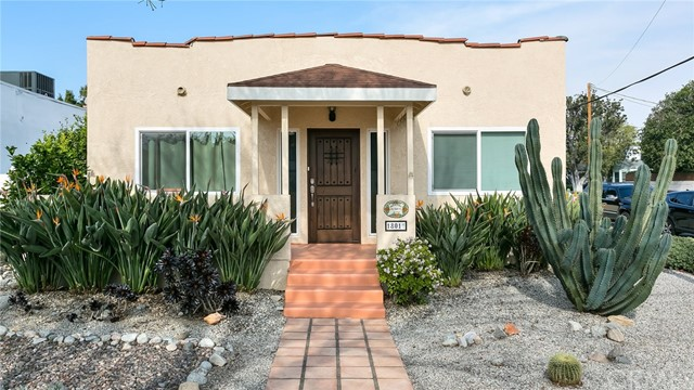 1801 W Clark Avenue, Burbank, CA 91506