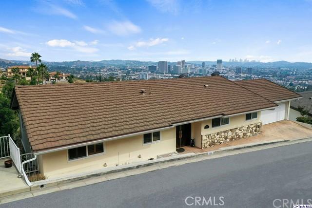 300 Kempton Road, Glendale, CA 91202