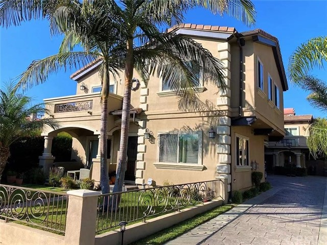 2207 Warfield Avenue A, Redondo Beach, CA 90278