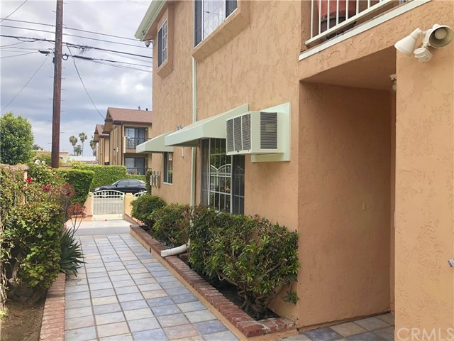 1235 Centre, San Pedro, California 90731, ,Residential Income,For Sale,Centre,PV19087406