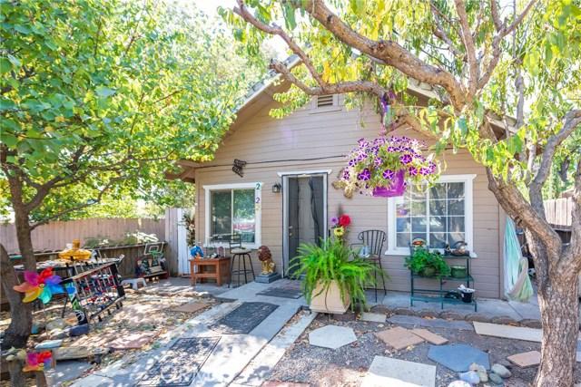 2122 Laurel Street, Chico, CA 95928