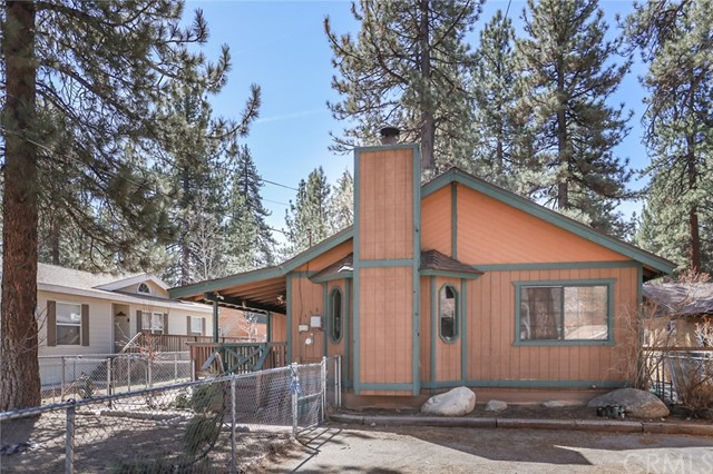 1136 Sherwood Boulevard, Big Bear, California 92314, 3 Bedrooms Bedrooms, ,1 BathroomBathrooms,Single family residence,For Sale,Sherwood,EV21066397