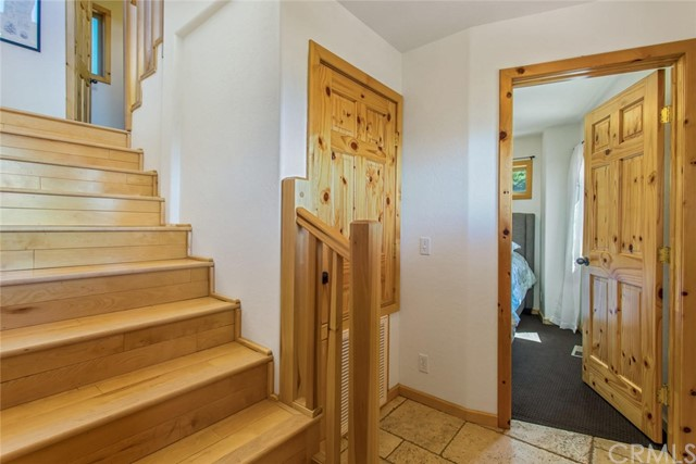 33589 Angeles Dr, Green Valley Lake, CA 92341 Photo 7