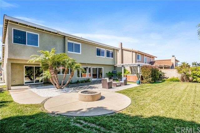 8571 Afton Circle, Huntington Beach, CA 92646