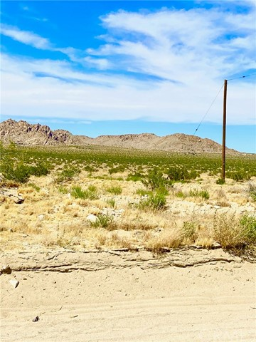 0 End St., Lucerne Valley, CA 92356 Photo 2
