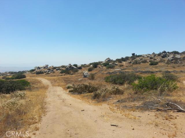 217 Sky Mesa Rd, Juniper Flats, CA 92548 Photo 29